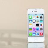 iPhone 4S bán chạy: Nghịch lý thị trường di động