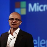 Satya Nadella, người đánh thức gã khổng lồ đang say ngủ Microsoft