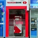 Tận thu phí ATM, ngân hàng vẫn không có lãi?