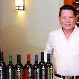 Tỷ phú gốc Việt lừng danh thế giới nhờ sản xuất rượu vang