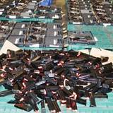 Mở rộng điều tra vụ gửi lô hàng 94 súng ngắn về Việt Nam