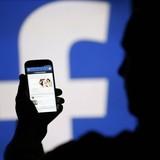 Người dùng Facebook dở khóc dở cười vì bị hack và đổi tên