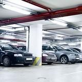 Mua chỗ để xe ô tô đắt hơn cả mua xe?