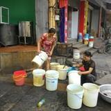 Hà Nội: Nhà hàng, quán ăn… lao đao do mất nước kéo dài