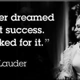 Chân dung nữ hoàng mỹ phẩm người Do Thái Estee Lauder