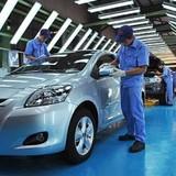Biến động tỷ giá, Toyota tăng giá bán xe ô tô tới 225 triệu đồng