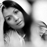 Thời trang Việt: Khó có thiết kế bán chạy ngoài thị trường