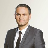 """Trả lại """"tướng"""" cho Volkswagen, Porsche chỉ định CEO mới"""