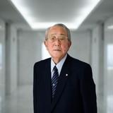 Triết lý kinh doanh phớt lờ cổ đông của tu sĩ tỷ phú Nhật Bản