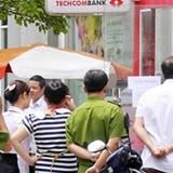 Đà Nẵng: Khách nước ngoài đập phá cây ATM