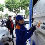 Việt Nam giảm tỷ đô nhập xăng: Nhìn xăng Mỹ mà buồn