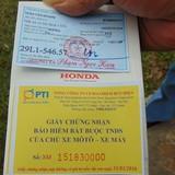 Xe máy Honda PCX phát cháy giữa đường