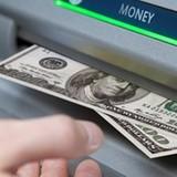 Du khách Nga dùng thẻ ATM giả rút hàng trăm triệu đồng