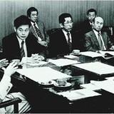 Con đường trị vì Samsung 30 năm của người giàu nhất Hàn Quốc