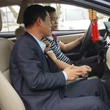 """Học lái ô tô số tự động: Dạy cắt xén, sẽ tái phát """"xe điên"""""""