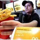 Chỉ một câu hỏi đơn giản đủ để thấy McDonald's bán hàng khéo như thế nào