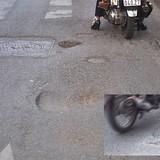 """Những đường phố """"ổ voi, ổ gà"""" tại Hà Nội"""