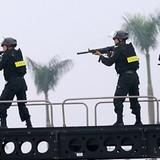 Hàng trăm cảnh sát đặc nhiệm Hà Nội bảo vệ đoàn Tổng thống Mỹ Obama