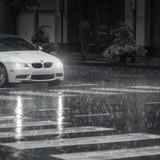 Những điều cần chú ý đặc biệt khi lái xe ô tô trong mùa mưa