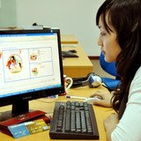 Thói quen mua hàng qua mạng của người Việt