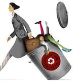 Thận trọng tiết kiệm từng tờ giấy nhưng Nhật Bản lại đang lãng phí một nửa số nhân tài