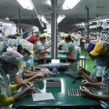 Quốc gia nào dẫn đầu cung cấp điện thoại vào Việt Nam?