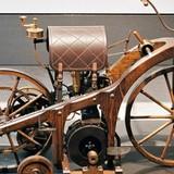 Những chiếc xe đạp, xe máy đầu tiên trên thế giới trông ra sao?