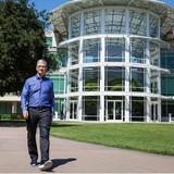 """Tim Cook: """"CEO Apple là công việc rất cô đơn"""""""