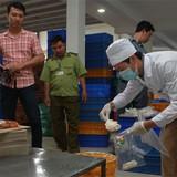 Hà Nội: Phát hiện 2 cơ sở sản xuất bánh trung thu bẩn