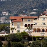 Biệt thự xây dựng năm 1830 được rao bán với giá 1 tỷ Euro