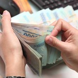 Ngân hàng khổ vì thừa tiền