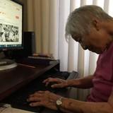 Bất ngờ với phản ứng của cụ già 102 tuổi khi lần đầu sử dụng mạng xã hội