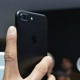Giá iPhone 7: Hàng chính hãng thấp hơn hàng xách tay