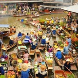 Buồn chợ nổi đặc sản miền Tây lại phải lấy ảnh chợ nổi Thái Lan để quảng cáo
