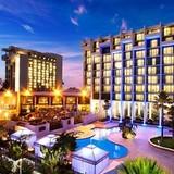 Tập đoàn khách sạn lớn nhất thế giới thâu tóm Starwood