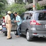 Uber hướng dẫn tài xế đối phó cơ quan chức năng