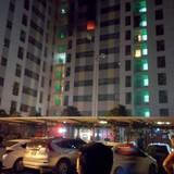 Cháy chung cư ở Linh Đàm, người dân hoảng loạn tháo chạy