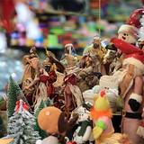 Đồ trang trí Noel xuất xứ Thái Lan tràn vào thị trường Việt