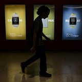 Samsung, Panasonic bị tố lạm dụng lao động tại Malaysia