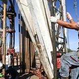 """Các nhà khai thác dầu đá phiến Mỹ - """"kẻ phá bĩnh"""" OPEC"""