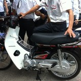 """Loạn giá xe Honda Dream Thái: """"5 triệu cũng được, 100 triệu cũng có"""""""