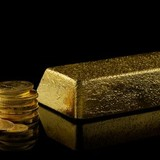 Giá vàng chốt tuần tại đáy của nửa tháng