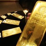 """""""Ngấm"""" báo cáo việc làm gây thất vọng, giá vàng trượt dốc phiên đầu tuần"""