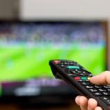 """Gần 3 triệu đồng một ngày thuê tivi """"xịn"""" xem World Cup"""