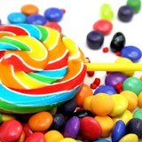 Chàng trai 23 tuổi bán kẹo que có doanh thu 5 tỷ/năm