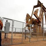 Giá dầu gồng mình tăng phiên thứ 6 liên tiếp