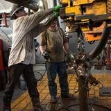 Giá dầu tăng lên đỉnh cao 17 tháng