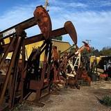 Giá dầu tiến tới tuần giảm mạnh nhất từ đầu năm