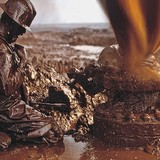 Giá dầu leo dốc phiên thứ 3 liên tiếp sau số liệu đối nghịch