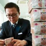 Trung Quốc phá giá đồng Nhân dân tệ ngày thứ 3 liên tiếp
